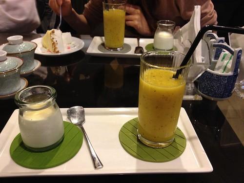 鮮榨綜合果汁、果香奶酷杯
