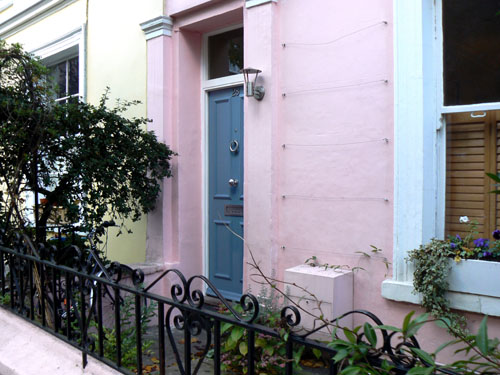 maison rose portobello.jpg