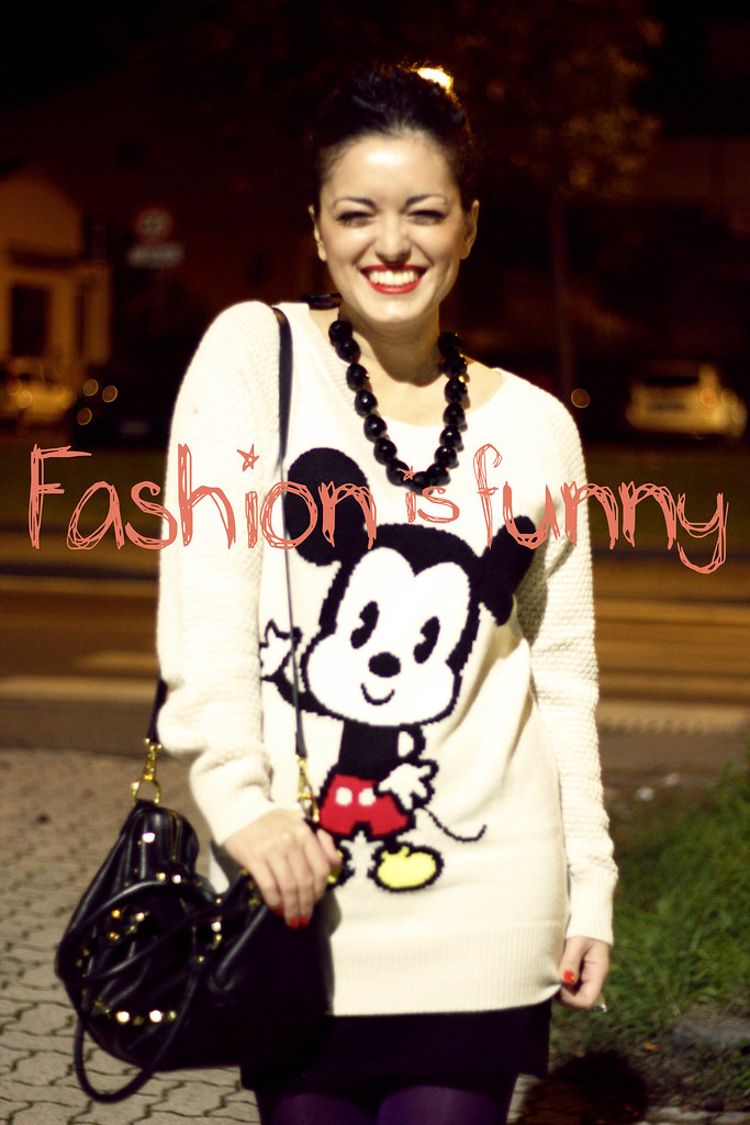 mickey mouse sweater on Lifeincurl