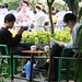 Scène quotidienne dans une maison de thé extérieure de Chengdu, Sichuan