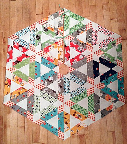 Hopscotch Christmas tree skirt