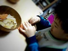 晩御飯食べてる 2012/12/4