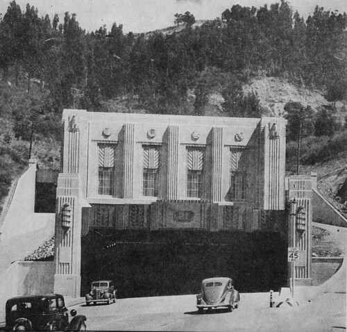 There was no median or barrier for Caldecott Tunnel traffic in 1939, let alone popup cones.