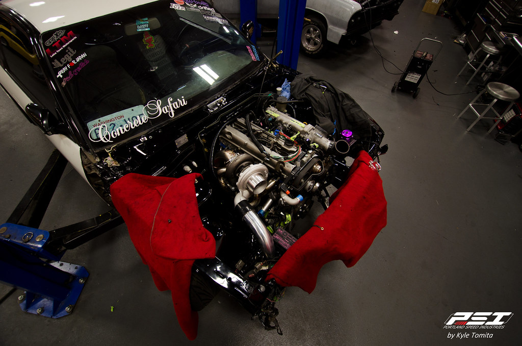 2JZ Installation in a S13 by PSI