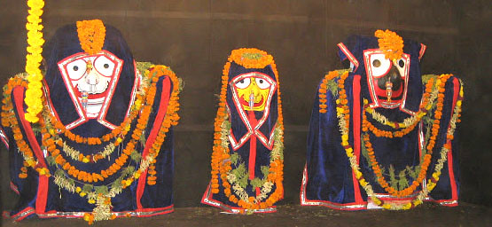 Odhana Sasthi – deities wear winter garments