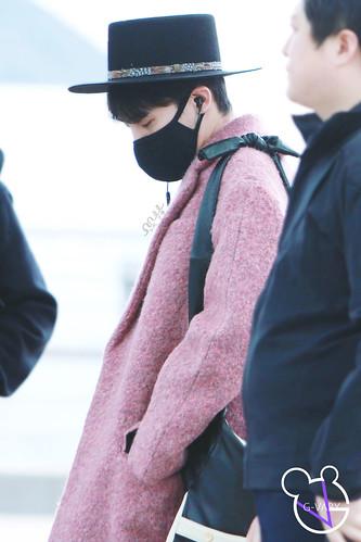Big Bang - Incheon Airport - 21mar2015 - G-Dragon - G_Vaby - 08