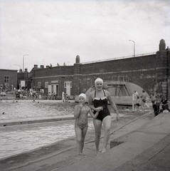 The World 39 S Most Recently Posted Photos Of Lido And Pool Flickr Hive Mind
