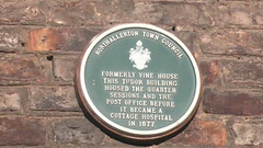 Photo of Green plaque number 11780