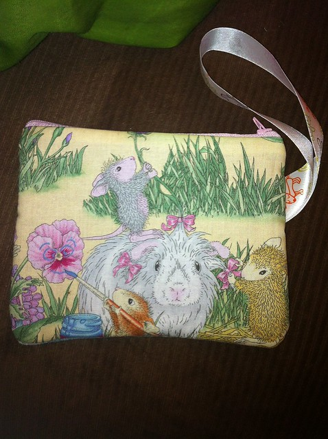 guinea pig and mouse bag