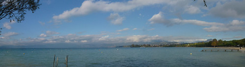 view of the lake from Lazise beach