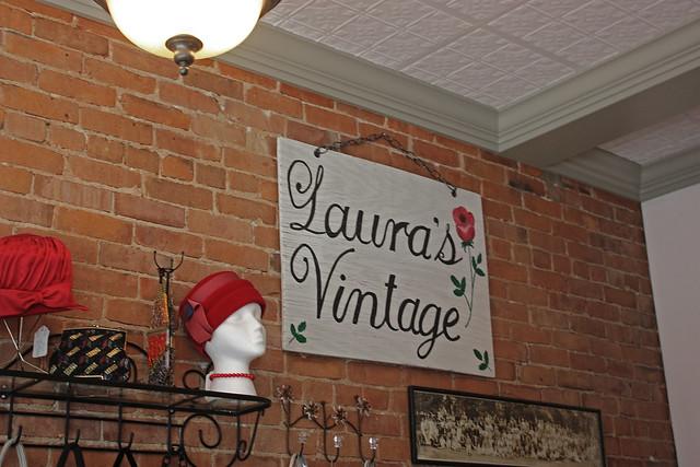 laura's vintage in glens  falls