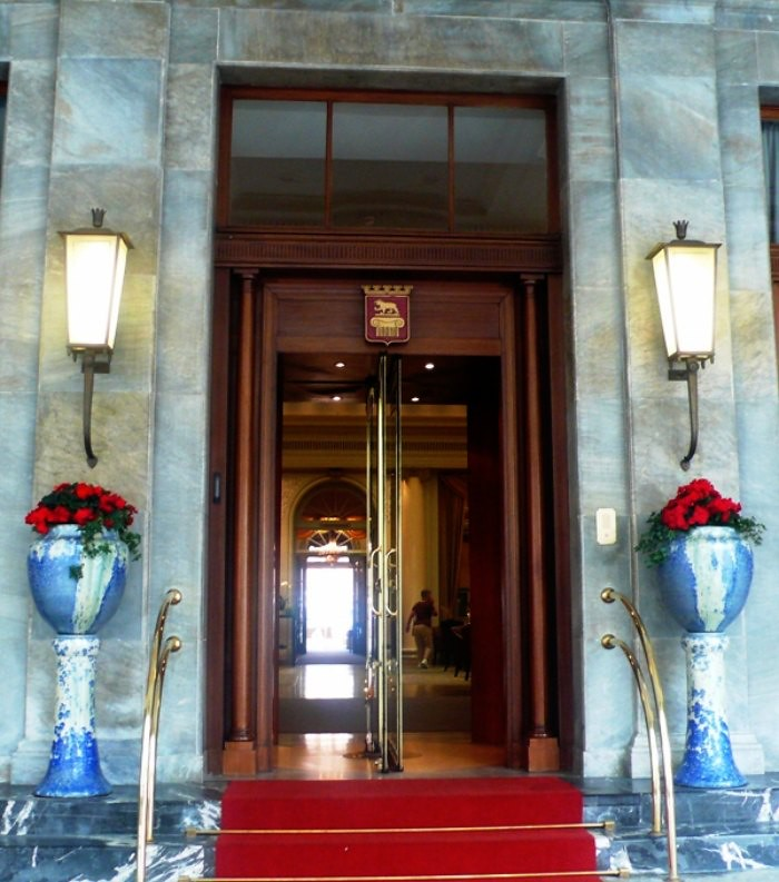 Entrance to Hotel Bellevue Palace in Bern