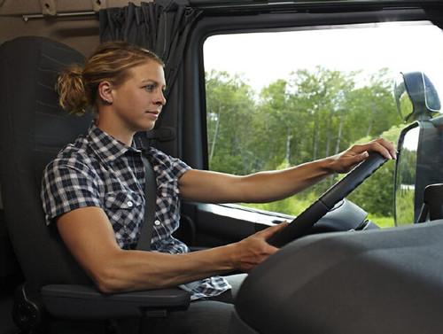 8195352557 ac85524605 Di cosa parlano i 'camionisti'?