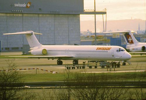 4be - Swissair MD-81; HB-INX@ZRH;29.12.1997