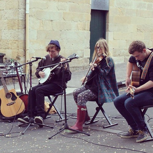 Local muscians perform at Salamanca