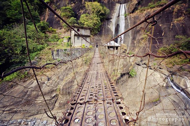 Colorado Falls | Hanging Bridge