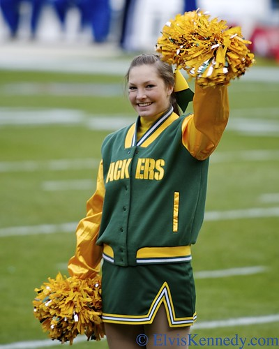 Green Bay Packers Cheerleader by elviskennedy