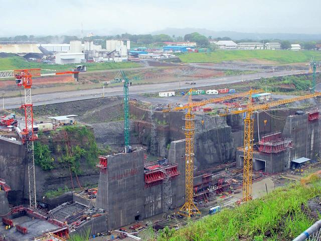 Terceira eclusa em Gatún, Canal do Panamá