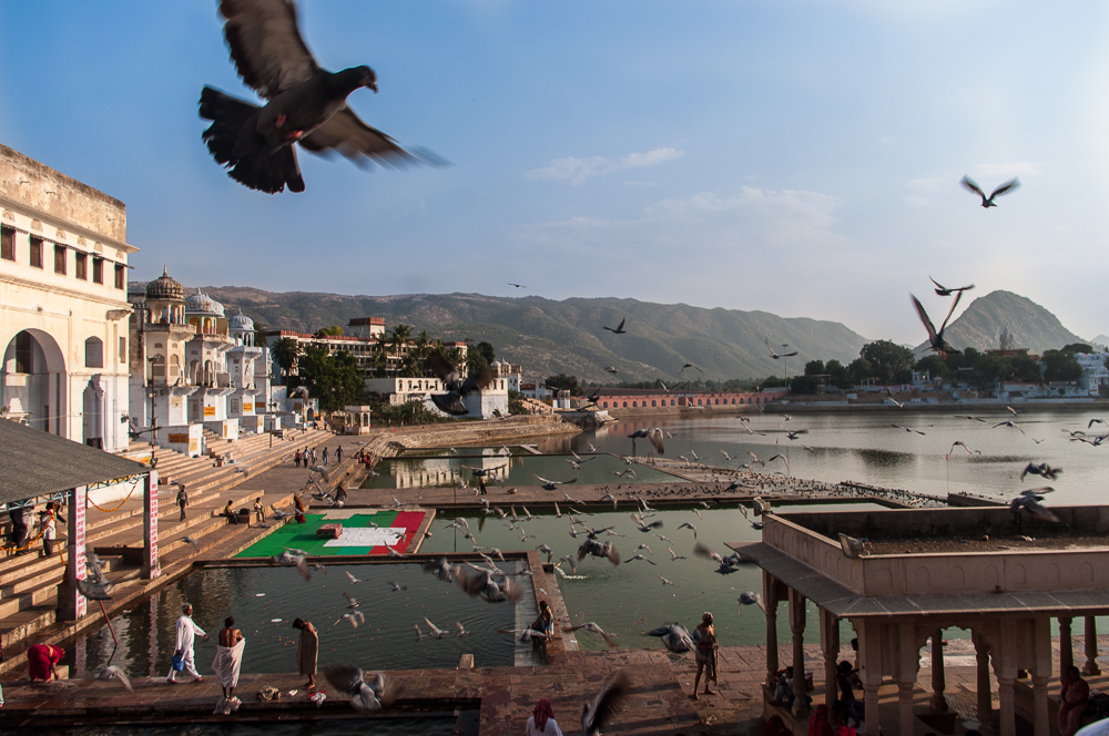 Ghats near Pushkar lake