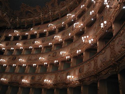 DSCN1400 _ La Fenice, Venezia, 13 October