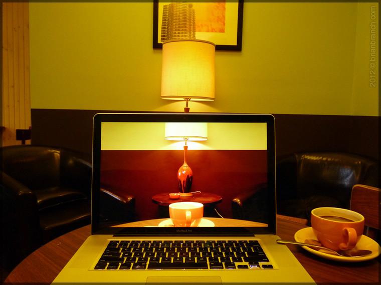 P1290511_café_lampe