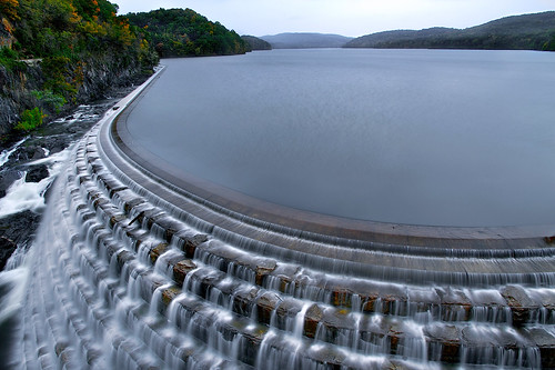 longexposure morning autumn trees lake newyork cold fall water sunrise river landscape dawn design waterfall dam landmark reservoir riverbed croton spillway