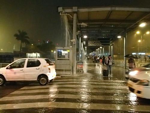 印度大豪雨 - naniyuutorimannen - 您说什么!