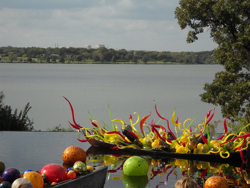 Chihuly on water