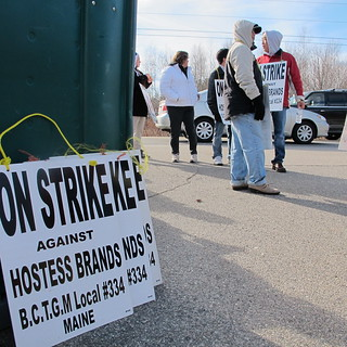 Hostess strike 11162012