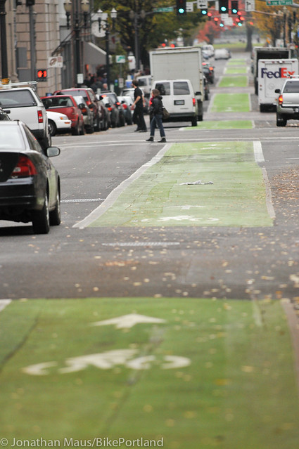Green bike lanes Stark and Oak-12