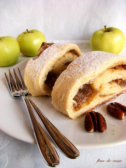 рулет яблочно-ореховый 2