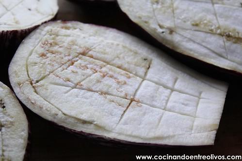 Berenjenas rellenas de salchicha roja www.cocinandoentreolivos (1)