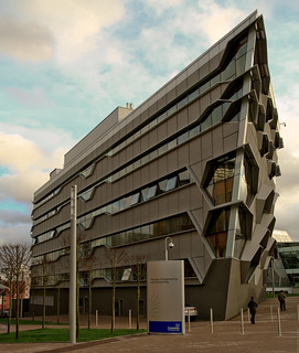 Coventry University Faculty of Engineering and Computing (Arup Associates 2012)