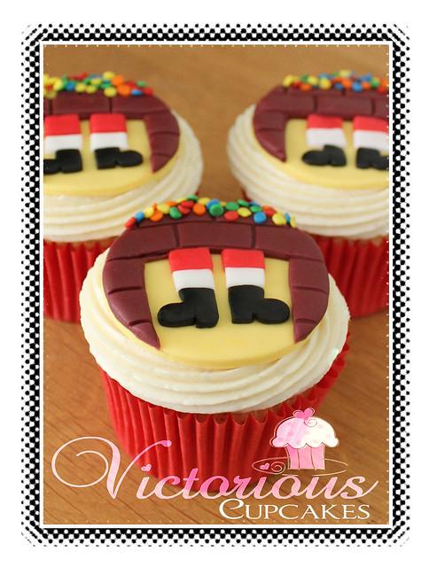 When Santa Got Stuck Up The Chimney Cupcakes   Flickr - Photo Sharing!