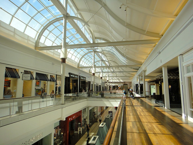 Natick Mall Stores Information Full list of stores, phone numbers and their locations. Abercrombie (Children's Apparel): () – Zone B – Level 2.