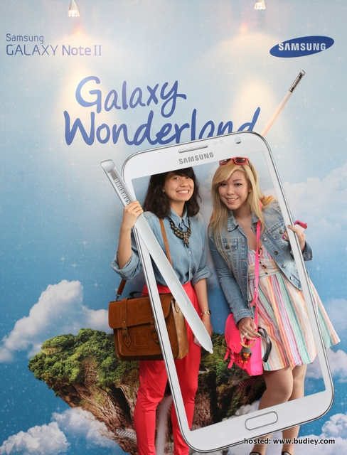 Samsung GALAXY Wonderland Picture 2