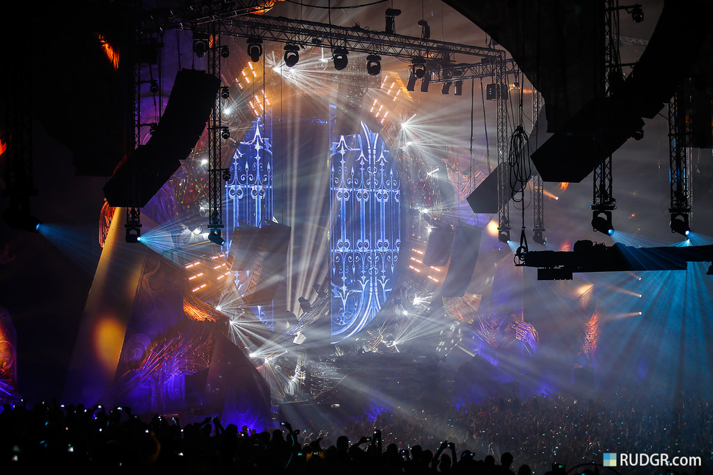 07. Qlimax doors open