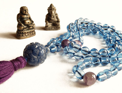 6mm Cornflower Blue Glass 108 Mala with Sodalite guru bead and Chevron Amethyst marker beads