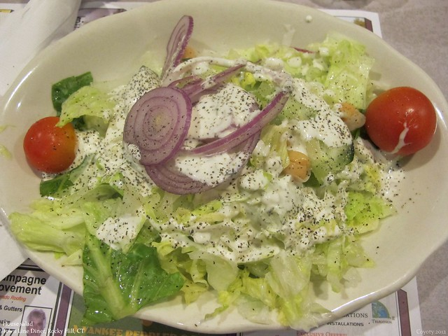 House salad with cucumber dill dressing
