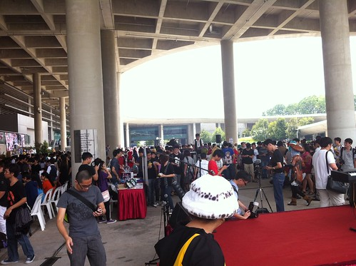 Crowd 4