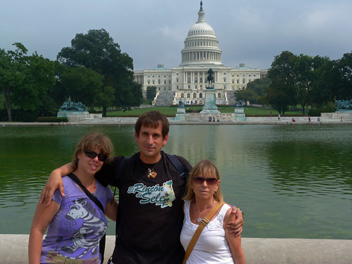 Con Rebeca y con mi madre en Washington