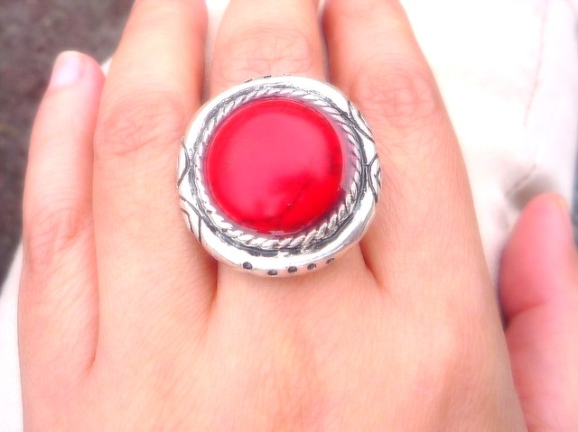 red ring
