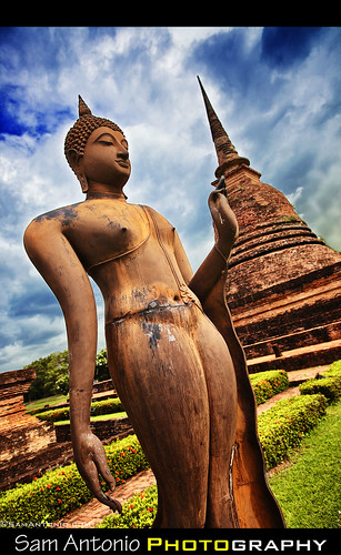 Five Reasons why I prefer Photographing Sukhothai, Thailand over Angkor Wat, Cambodia by Sam Antonio Photography