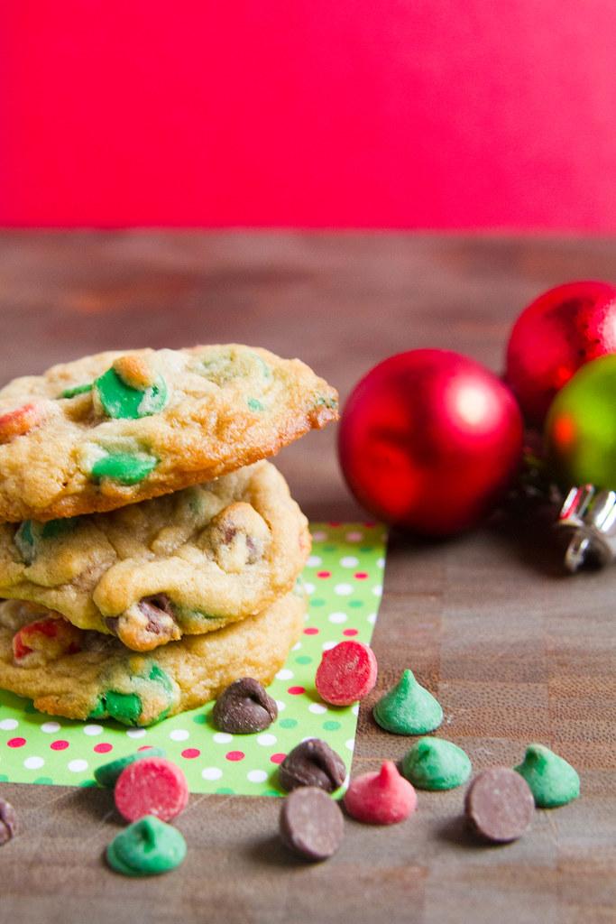 Christmas Chocolate Chip Cookies-002.jpg