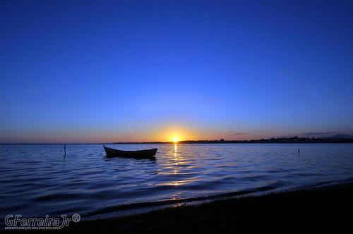 sunset brazil brasil nikon rj pôrdosol nationalgeographic costadosol d90 micámarayyo nikond90 flickraward lagoadeararuama nikonflickraward panoramafotográfico touraroundtheworld flickrunitedaward brasilemimagens gferreirajr lagoadeararuamarj