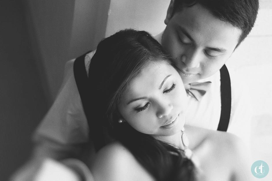 Crimson Hotel Engagement Session, Cebu Engagement Photographer