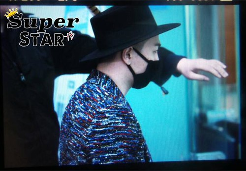 Big Bang - Incheon Airport - 21mar2015 - Tae Yang - axis_five - 02