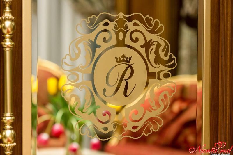 """"""" Club Royal Park"""" —eleganţă şi rafinament ! > Foto din galeria `Principala`"""