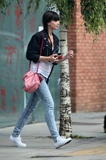Daisy Lowe Converse Celebrity Style Women's Fashion
