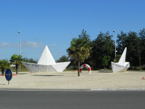 Roundabout Decorations